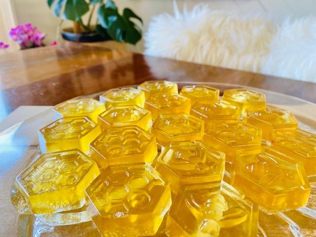 Herbal healing gummies